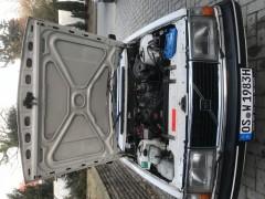 Motorraum Volvo 240
