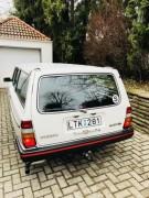 Schwedisches Nummernschild Volvo 240